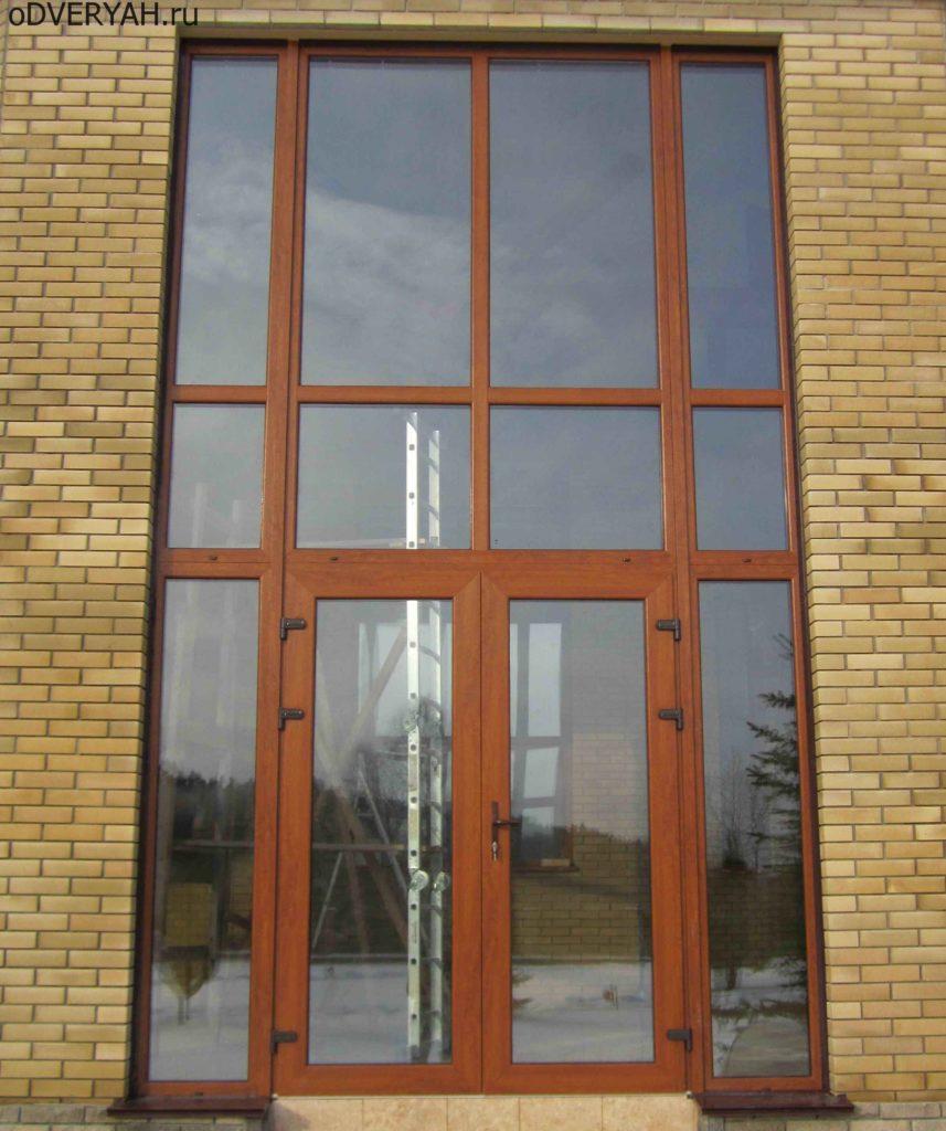 дверь из металлопластика