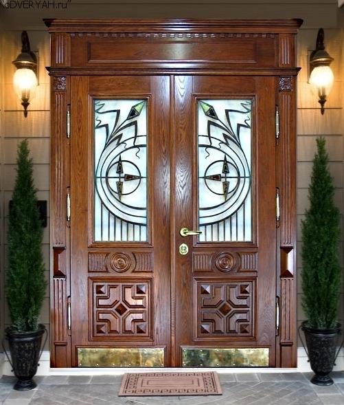 входные двери с декорированием