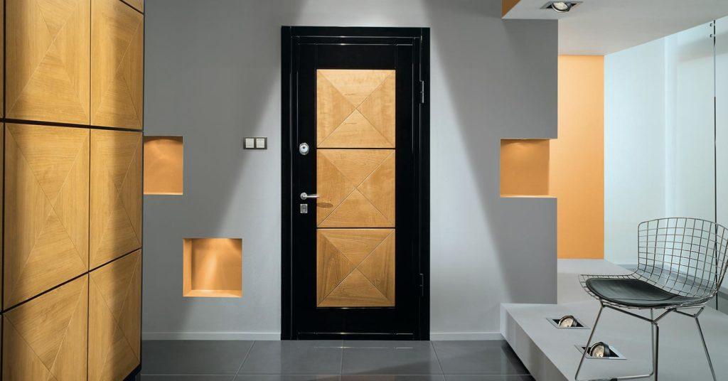 Какие бывают металлические двери для комнат, их положительные стороны, виды межкомнатных полотен.