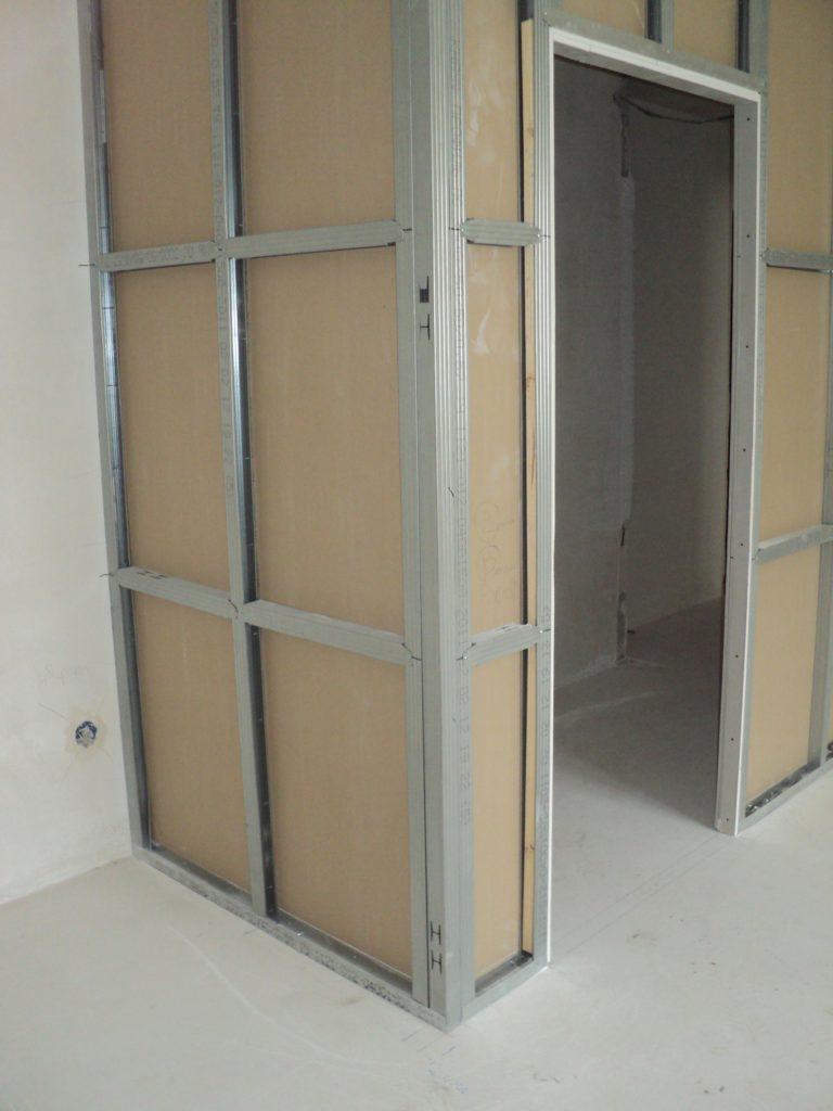 Пошаговая инструкция по установке межкомнатных дверных конструкций в гипсокартонную перегородку