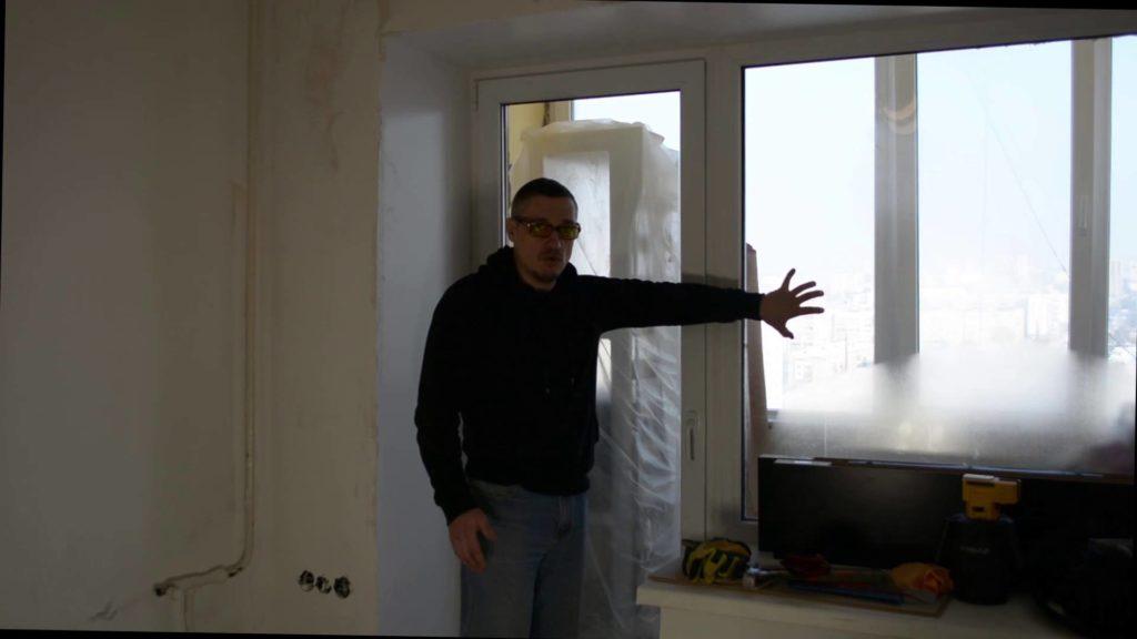 Что сначала сделать во время ремонта - установить двери или поклеить обои